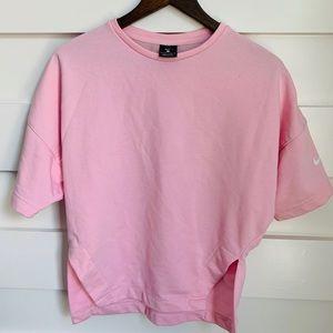 Nike // Light Pink Short Sleeve Top